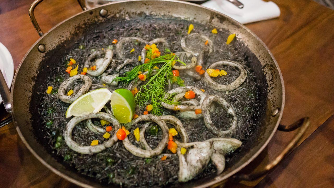 【台北美食】HOWFUN 好飯食堂 內湖店 》超美味的人氣西班牙海鮮飯 3