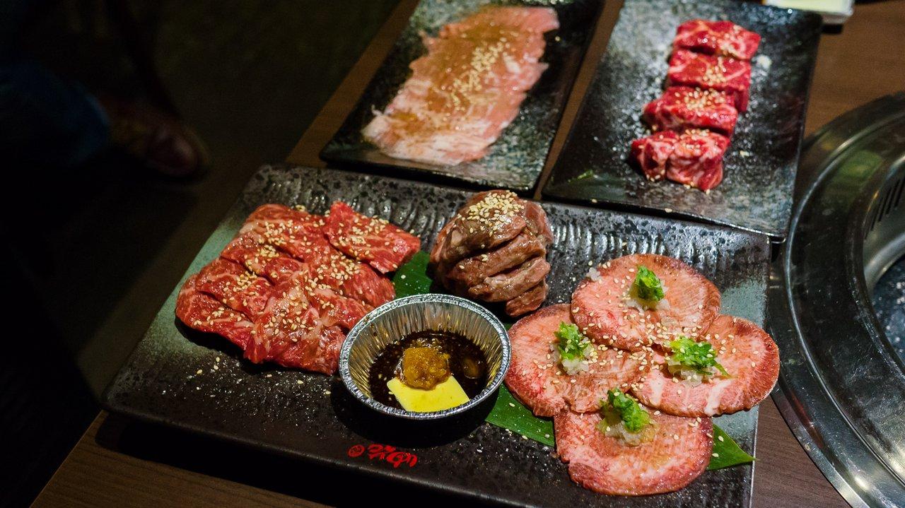 【台北美食】大安 油花炭火燒肉專門店 》物有所值的單點燒肉 1