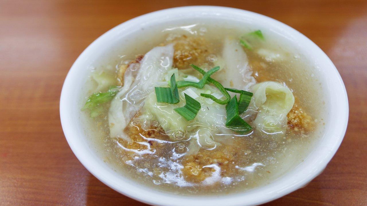 【高雄美食】尚芳 土魠魚羹 》小吃一碗土魠魚羹配綠豆湯的到此一遊 1