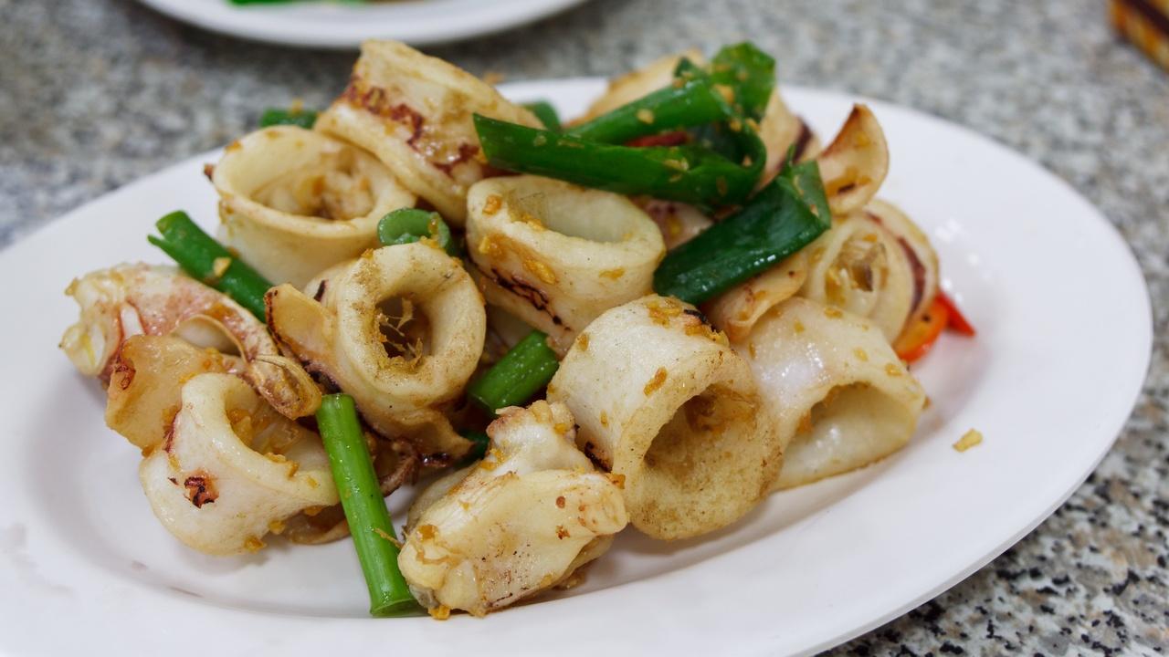 【高雄美食】旗津 鴨角活海產 》食材新鮮 價格實惠 讓人吃太飽的海產店 3