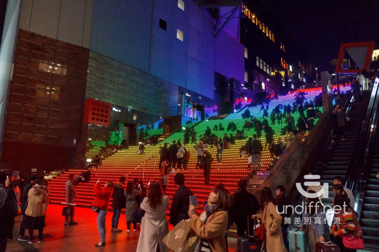 【京都景點】京都車站 聖誕燈飾 》車站中的聖誕樹與光之階梯 18