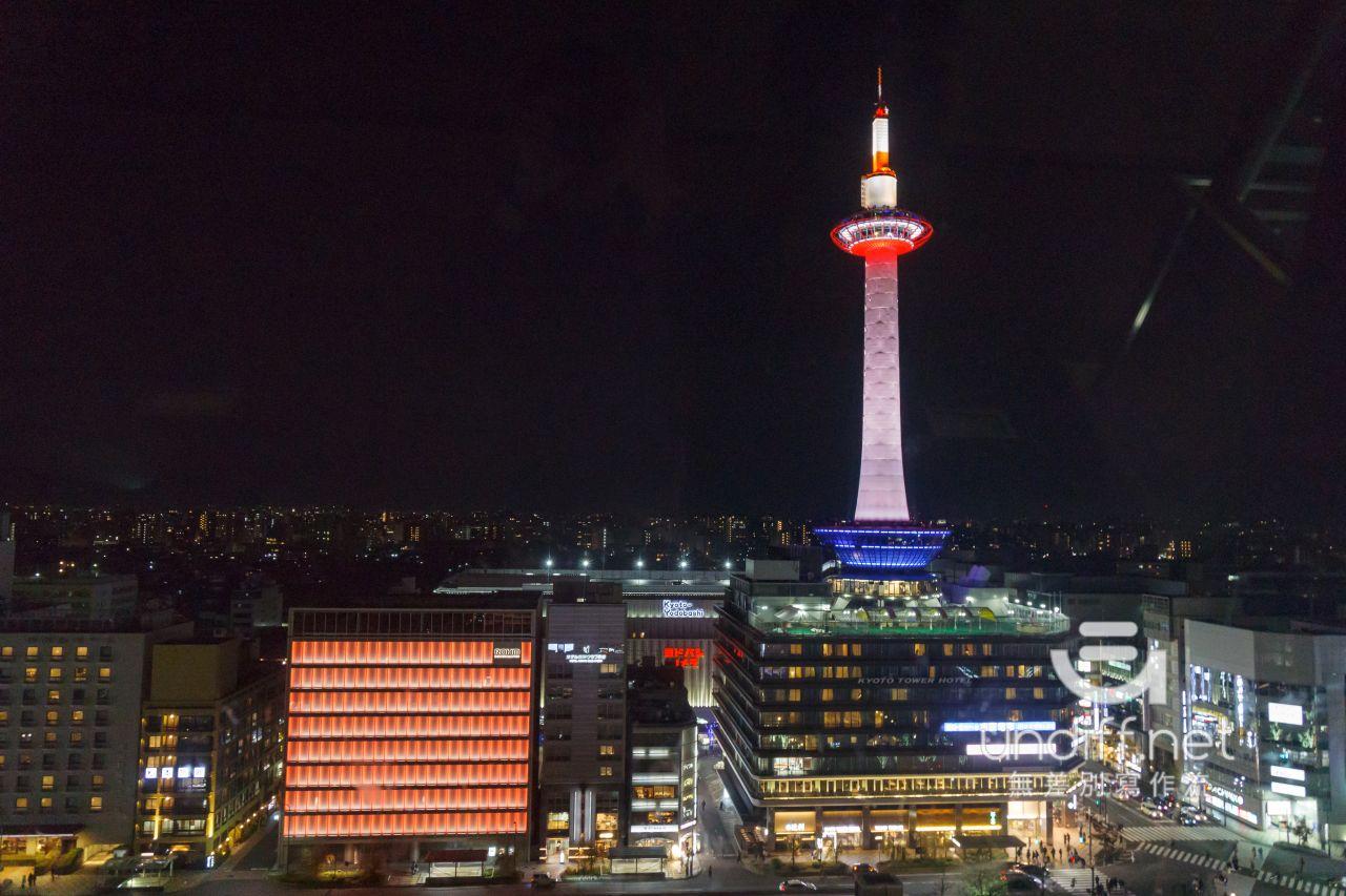【京都景點】京都車站 聖誕燈飾 》車站中的聖誕樹與光之階梯 34