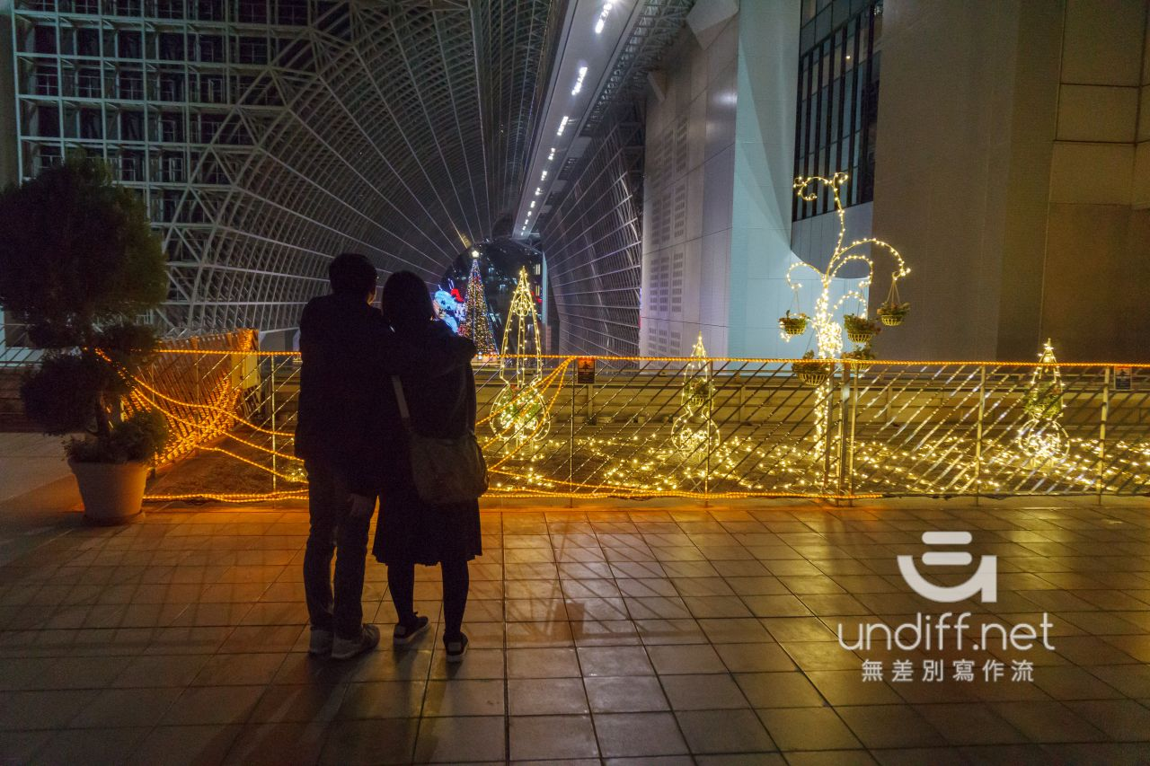 【京都景點】京都車站 聖誕燈飾 》車站中的聖誕樹與光之階梯 48